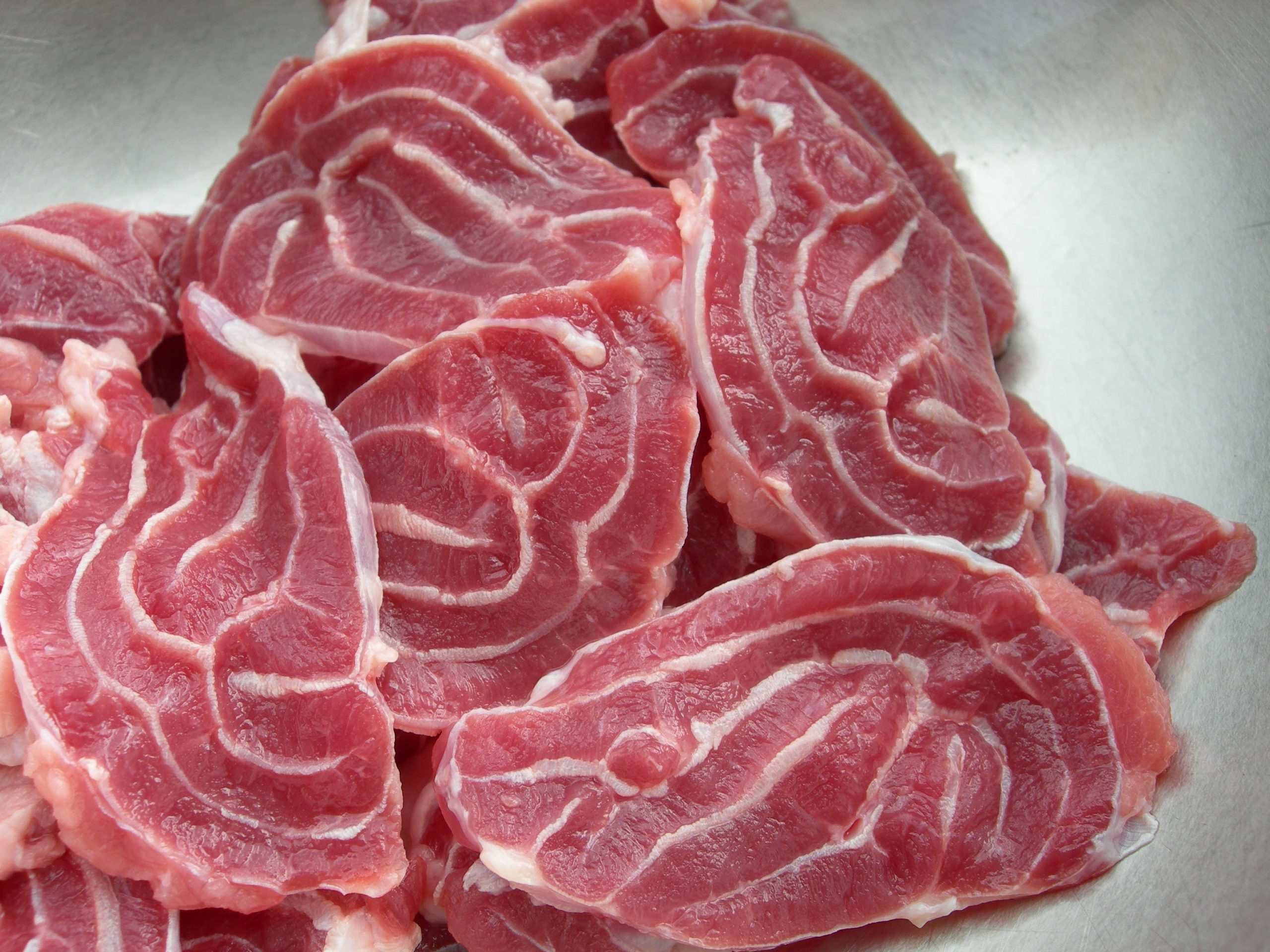 Ozone và hiệu quả loại bỏ vi khuẩn, và các thành phần phụ gia có trong thịt bò